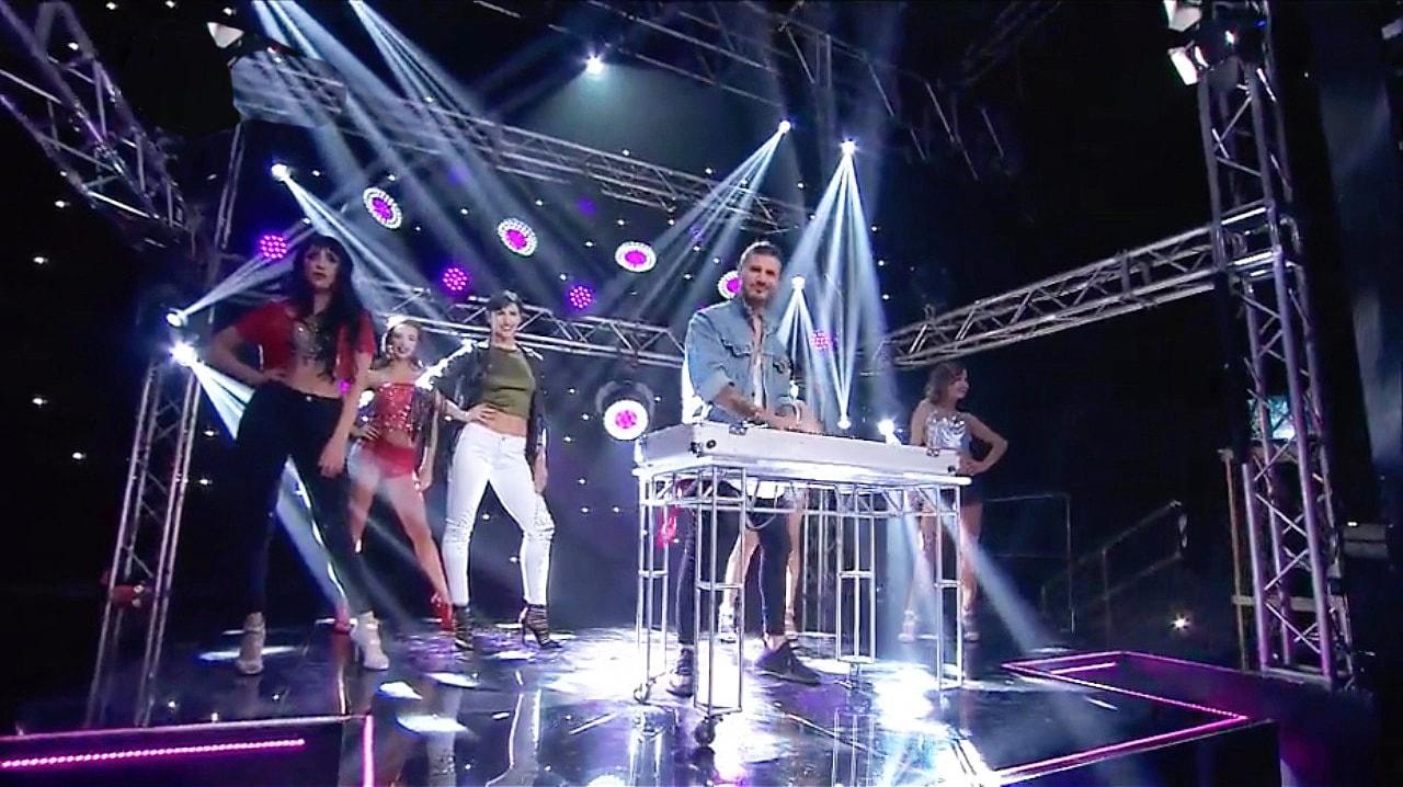 Katana takes central stage at Music Quiz TV show